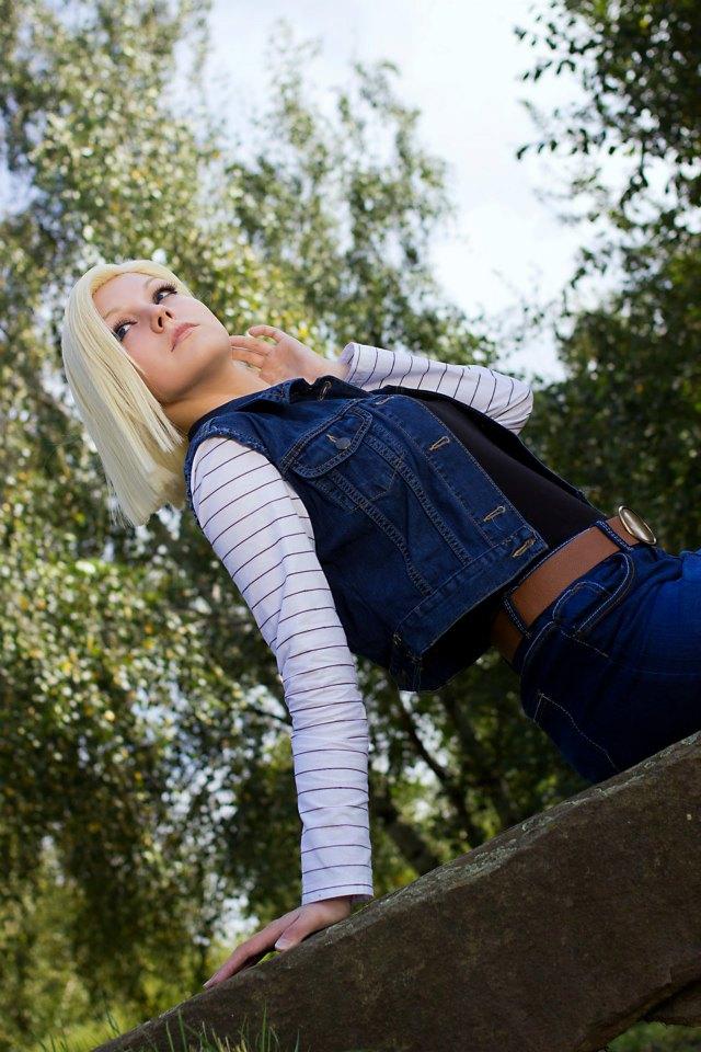Linda Cosplay da Android 18 - Dragon Ball - Por Liechee 10