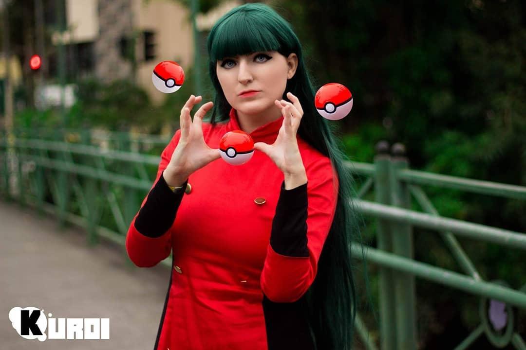 Cosplay da Sabrina Natsume - Pokémon Gym Leader - Games e Animes