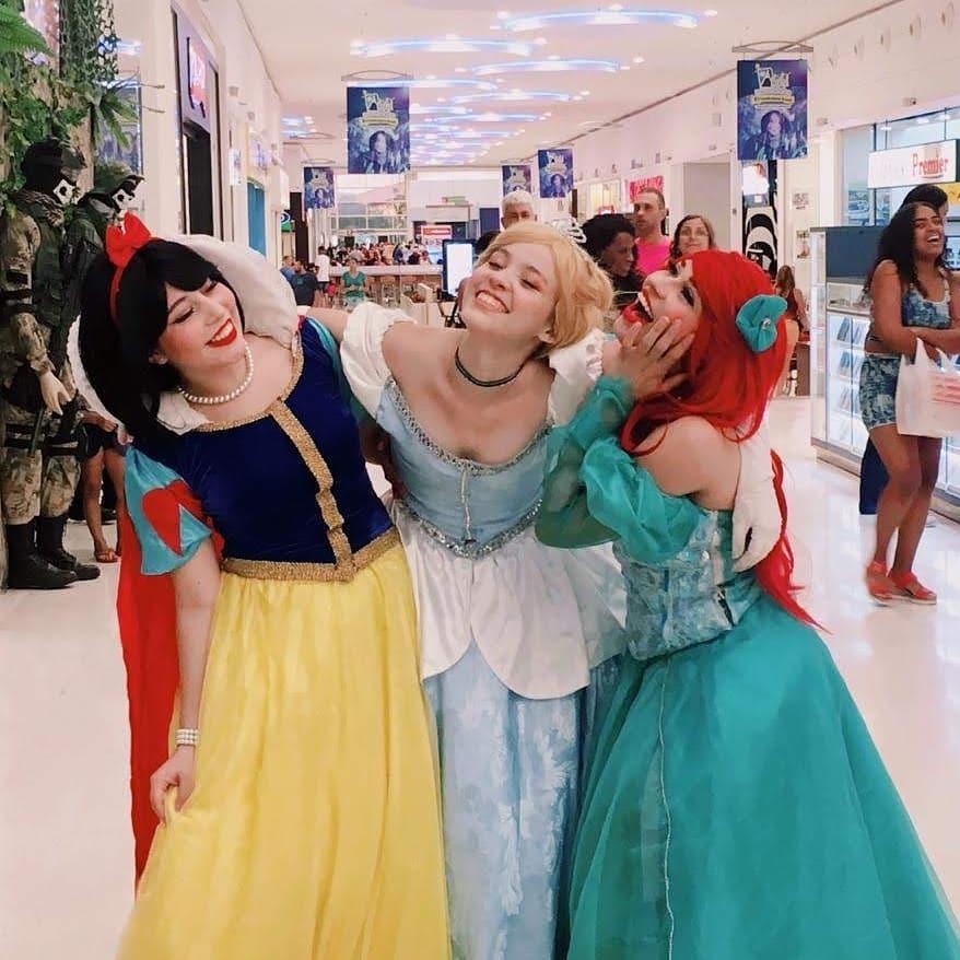 Cosplays da Branca de Neve, Cinderella e Ariel - Princesas Disney 02