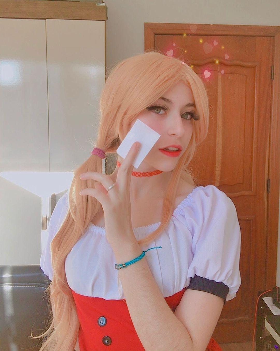 One Piece - Veja um belo cosplay da Nami Whole Cake - 01