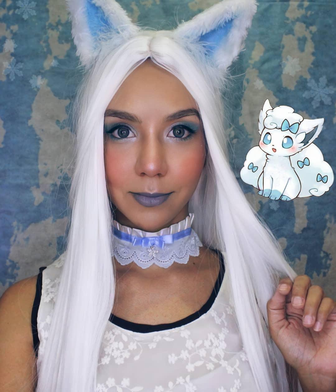 Selfie Cosplay da Vulpix de Alola, de Pokémon